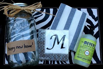 housewarming gift in mason jar