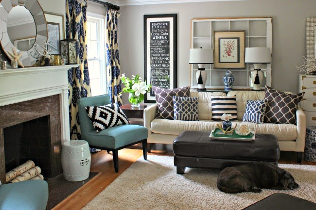It All Started with a Pillow – A New Look for the Living Room