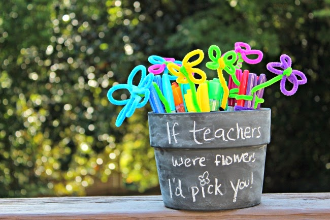 {Back to School} Sharpie Flower Pot Teacher Gift