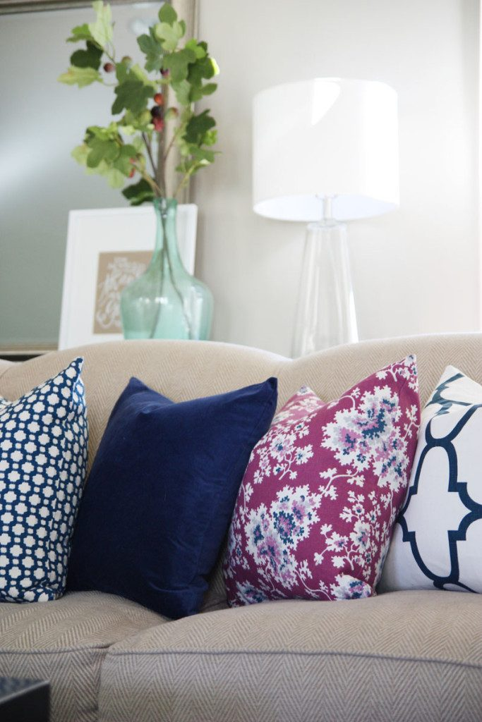 living-room-fall-pillows-life-on-virginia-street-683x1024