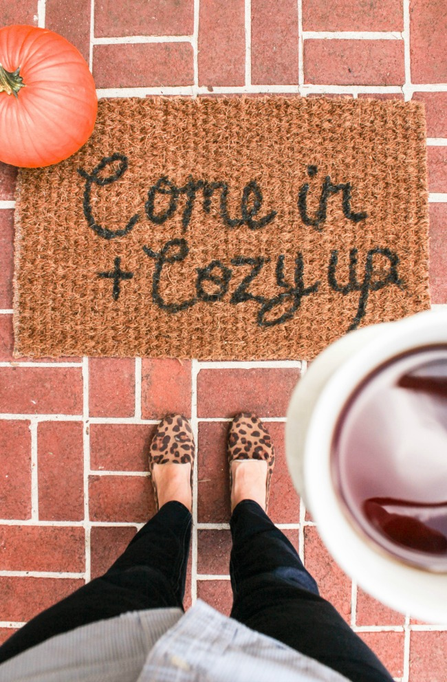 come-in-cozy-up-rug