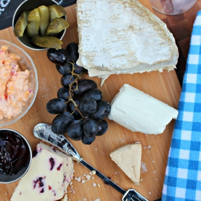 How to Make a Simple Cheese Platter