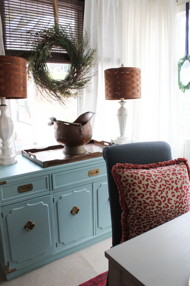 blue-christmas-southern-state-of-mind-dining-room-10-of-11